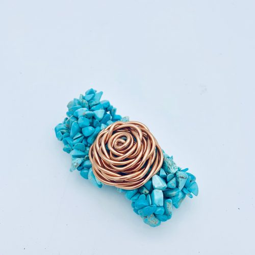 Turquoise stretch bracelet with aluminum rosette